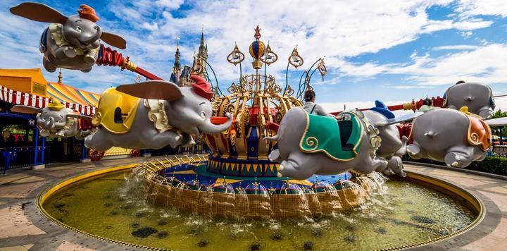 遭疫情重创,迪士尼2021年上半年拟裁员3.2万人