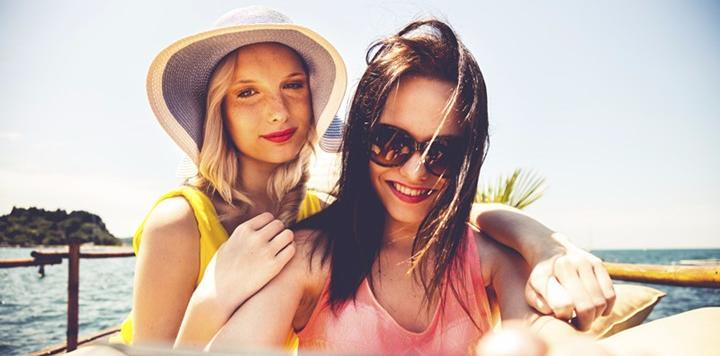 """途牛发布《2017女性用户旅游消费趋势分析报告》:旅游""""她""""说了算 ,三亚、日本最受欢迎"""