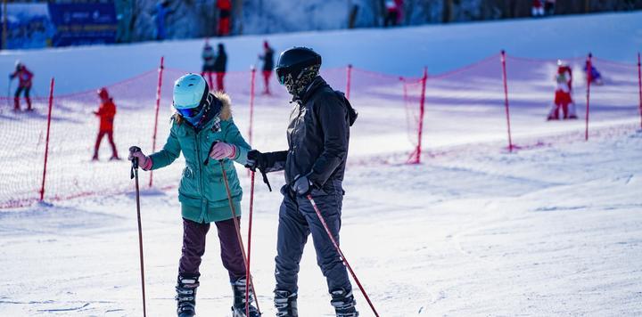 吉林发力打造冰雪高地,未来三年滑冰场所将超过500个