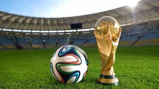 2018世界杯临近,东道主俄罗斯人正醉心于这种激情消费