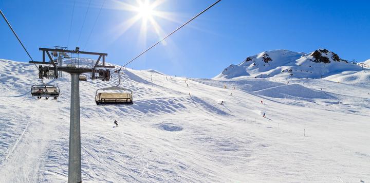 吉林省大力发展冰雪运动和冰雪经济,推动构建完善冰雪产业体系