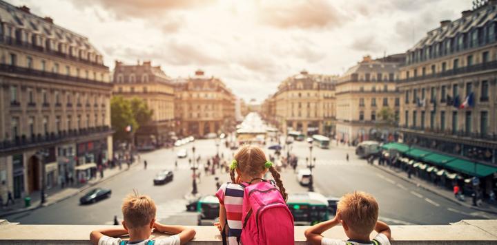 发改委报告:文化消费带动旅游等相关产业发展