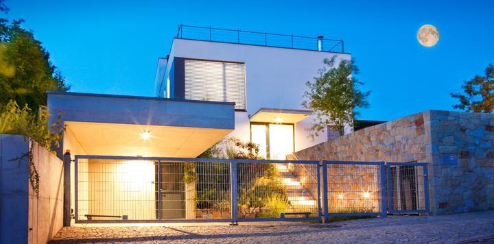 """新""""租房时代""""将至,深度剖析长租公寓和在线短租的优势和未来"""