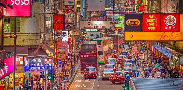 """香港正式迎来""""高铁时代"""",旅游业摩拳擦掌""""玩高铁"""""""