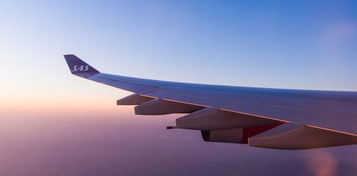 除了票价,廉价航空和传统大航空公司的生意有什么不同?