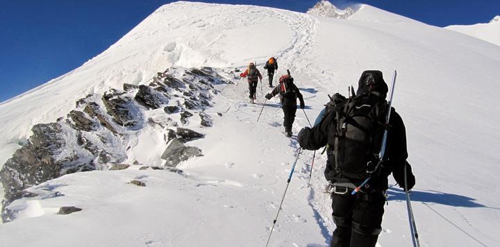 与复星合建并运营滑雪场,世界最大滑雪度假村运营商的中国市场前景会如何?