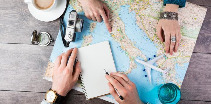 2018年我国旅游总收入力达近6万亿元