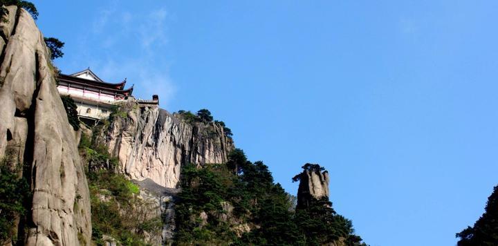九华旅游去年全年净利8288万,同比增长12%