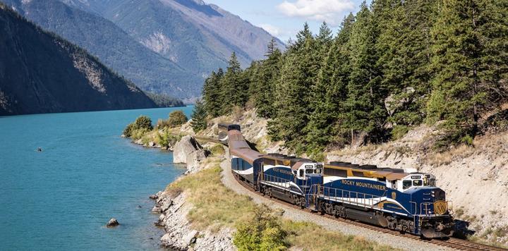 加拿大落基山之光加速布局,高端觀光列車如何征服萬億級出境遊市場?
