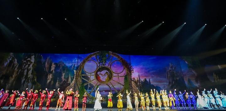 太陽馬戲《X綺幻之境》首映禮舉辦,國際頂級IP助力杭州打開演藝新篇章