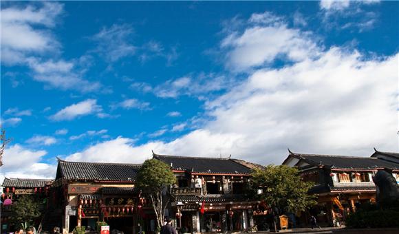 丽江旅游拟投30亿建摩梭旅游小镇,当地度假村多年进展缓慢