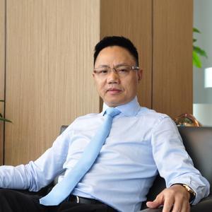 陈小華- 灯彩集团联合创始人兼灯彩文旅董事长
