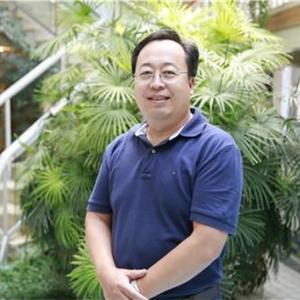 刘乃忠- 北京中学副校长