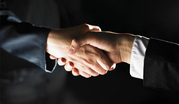 凤凰旅游联合中国国旅等企业出资4500万港元设立海外投资公司