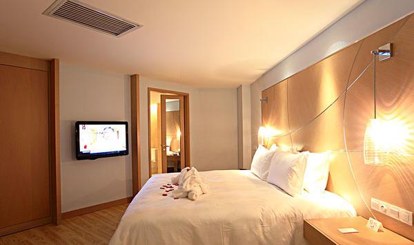 高端酒店入住率堪忧 为何经济型酒店大势继续?