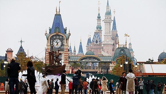 上海乐园开园之后,迪士尼还要在中国下一盘怎样的棋?