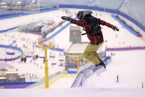 雪世界覆盖六大核心城市,融创文旅如何赋能万亿冰雪旅游市场?