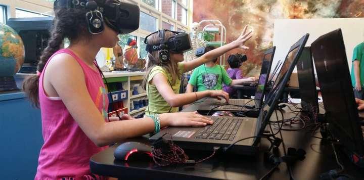 虚拟现实可以从主题公园中学到什么?