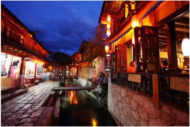 丽江古城:中国传奇旅游模式怎样被创造?